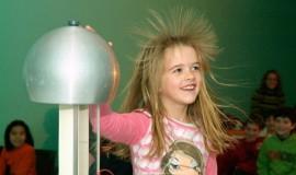 nena-electricitat