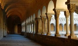 Monestir_de_Sant_Cugat_-_Claustre_galeria_de_llevant